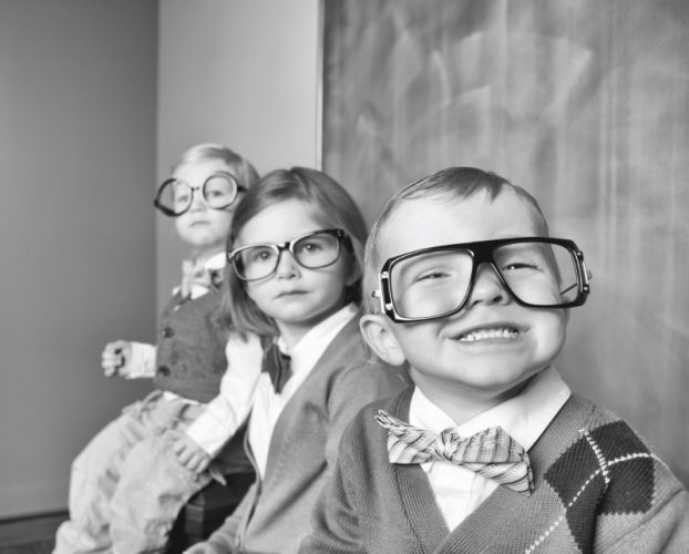 children-with-glasses_ease-training
